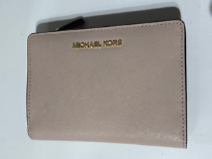 Michael Kors Jet Set Medium Saffiano Leather Slim Wallet