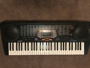 Casio - Piano Keyboard CTK-533