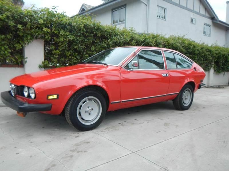 Imagen 24 de Alfa Romeo GTV I4 red
