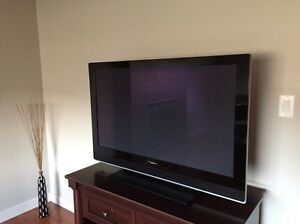 "Pioneer Plasma 42"" HD TV. PureVision Plasma Display."