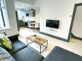 Room available in newly refurbished houseshare in L15