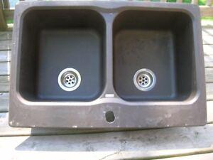 Granite double sink- regular retail price $400-500-asking $100