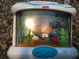 Jouet musical aquarium Fisher Price $15