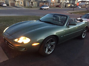 2000 Jaguar xk8 Convertible 2 door