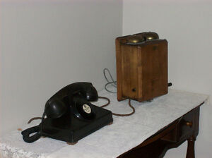 Antique wooden telephone Kingston Kingston Area image 2