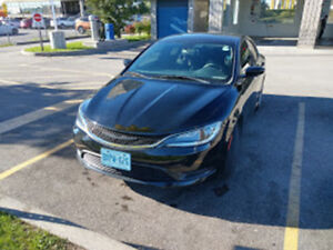 2015 Chrysler 200 (w/ 84,500 kms) One Owner With Spoiler