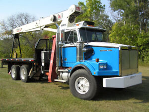 WESTERN STAR BOOM TRUCK WITH TEREX CRANE