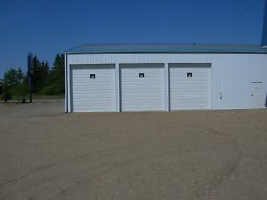 LARGE STORAGE BAY FOR RENT