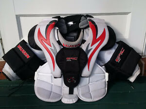 Vaughn Goalie Epic Chest Protector - Size S/Junior