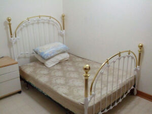 Room for Rent only Female(Available from:Sep 18, 2018