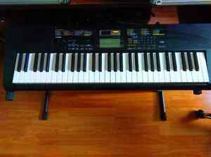 Casio CTK-2400 Keyboard and Stand