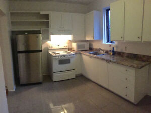 Large....Beautiful.....4-1/2....(2bdrm)...in NDG