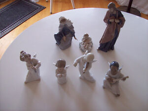 Lladro angels 4 pieces and Nao by Lladro Nativity set