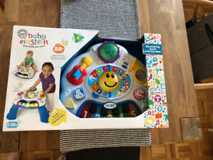 Brand New Baby Einstein Discovering Music Activity Table