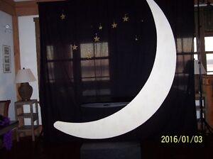 Wedding decor / moon photo booth and back drop London Ontario image 4
