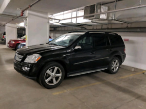 SELLING 2009 MERCEDES BENZ  GL 450 - EXCELLENT CONDITION
