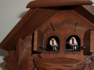 A Black-Forest vintage German one day cuckoo clock West Island Greater Montréal image 2