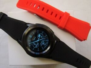 BNIB SMART WATCH WITH BT, BP & HEART MONITOR FOR SAMSUNG iPHONE