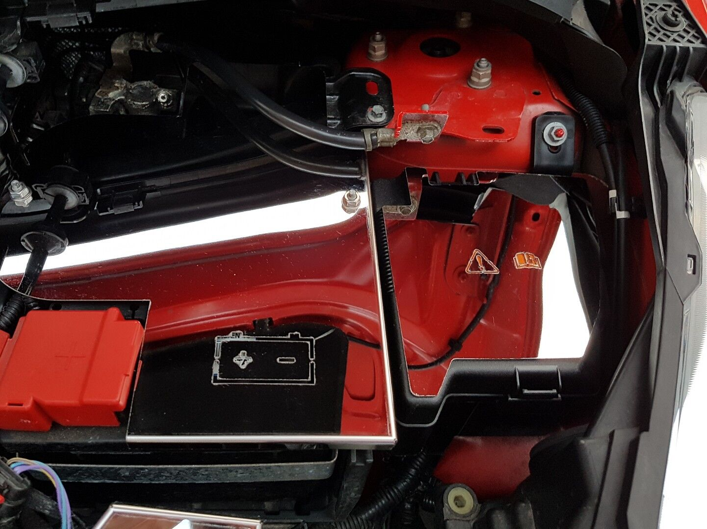 Ford Fiesta Mk7 Inc St180 Polished Stainless Steel Fuse Box Cover With Logo 2 Of 3