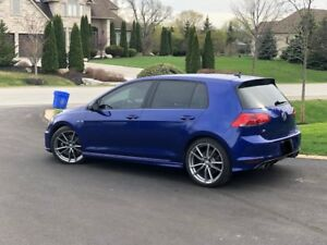 2017 VW GOLF R  IN LAPIZ BLUE W/ DSG AUTO/ TECH PKG