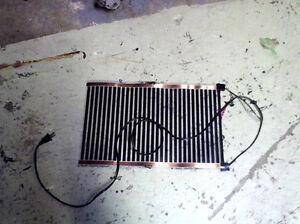 Snake heating pad