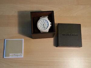 Michael Kors 'Dylan' White Ceramic Chronograph
