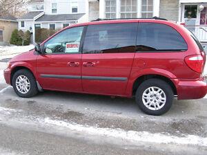 2007 Dodge Caravan Minivan, Van Peterborough Peterborough Area image 1
