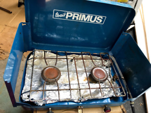 Primus Camping propane stove with long split hose cooking huntin