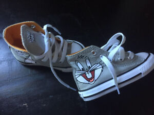 NEW Toddler Size 5 Converse f42eed443