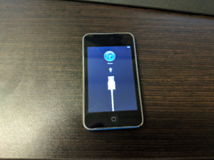 Apple iPod Touch 3rd Generation 8GB