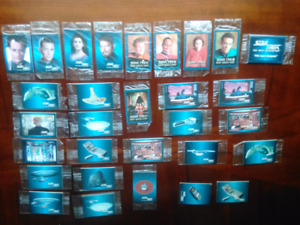 30 Star Trek mini Hostess cards.  **Collectible**
