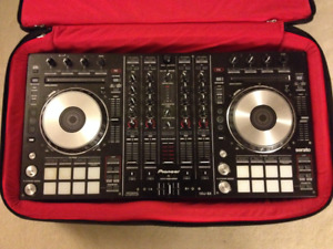 Pioneer DDJ-SX with official carry bag and Serato DJ Licence