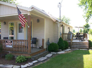 BOOK NOW!!! Newly Renovated Mitchell's Bay Cottage For Rent!!!