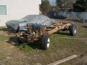 FORD 4x4 Chassis