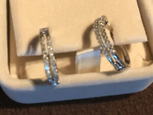 10 carat white gold diamond earrings