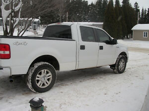 2008 Ford F-150 crew-cab Camionnette