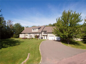 *** Contemporary One of a Kind Home with Stunning Views ***