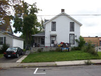 LARGE TWO STOREY, FOUR BDRM HOME IN FORT ERIE