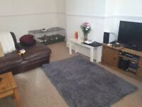 Unfurnished Room In Professional House