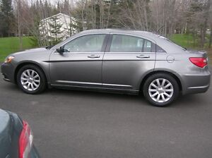 WEEKEND SPECIAL 2012 Chrysler 200-Series Sedan