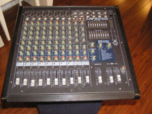Console Yorkville Active