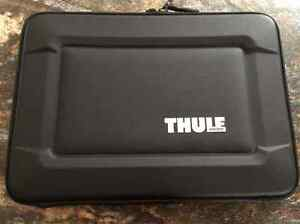 Thule Gauntlet 3.0 Sleeve for 13-Inch Macbook Pro *REDUCED*