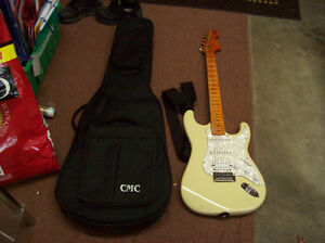 ELECTRIC GUITAR BY FENDER WITH CASE