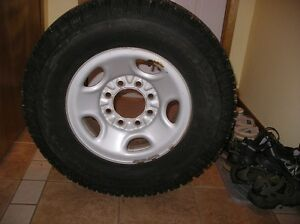 Truck tire for sale 7.50 x16 L.T.
