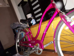 Townie 3 Electra Hot Pink