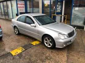 Mercedes-Benz C200 Kompressor 1.8 auto Avantgarde SE 4 DOOR - 2005 05-REG -