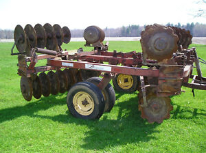 16 foot wide wing disc with cylinder London Ontario image 1