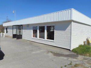 Clean, spacious, well presented Property for Rent on Hwy 101