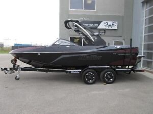 2019 Malibu Boats Wakesetter 21 VLX