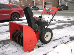 """MTD 10hp/ 28"""" Snowblower ($250 today only)"""